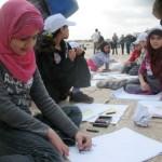 آلاف الأطفال يبدعون بريشتهم في مهرجان الرسم الثالث لأحباب الأقصى