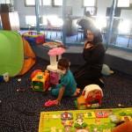 مجموعة قمم وهمم تستمر بمشوار التواصل مع قسم الأطفال في مستشفى شنايدر