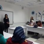 """مركز المعرفة الجماهيري يفتتح دورة """"مساقات"""" لدمج النساء في سوق العمل"""