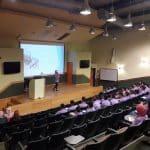 قسم الشبيبة بالجماهيري يكرم الطالبة رشا محمد تلس على عملها في مجال التطوع والعمل الجماهيري