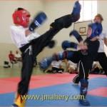 افتتاح دورات كيك بوكسنج (Kick boxing) لجميع الاجيال