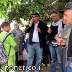 المركز الجماهيري ينظم مسيرة إلى اراضي الروحة بمناسبة يوم الأرض